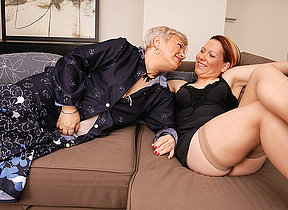 Two lesbian housewives making hose down chubby
