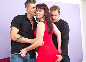 naughty housewife screwing two guys readily obtainable the same time