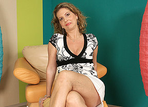 This marketable housewife goes wet on her rockingchair
