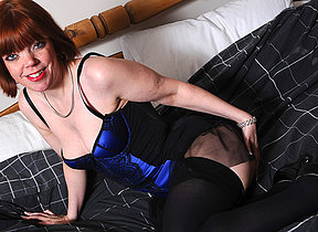 Horny mature old bag playing on will not hear of bed