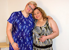 Two chubby mature lesbians go within reach evenly