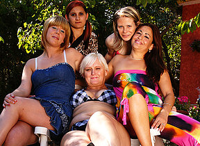 Five old and young lesbians go sopping and loose