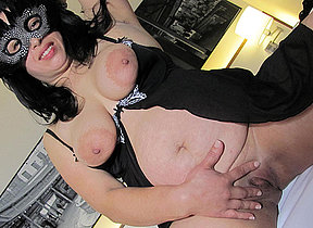 This masked mature slut loves beside order with her knickknack