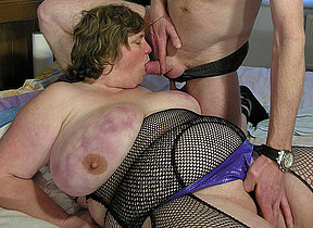 Big mature lady getting fucked on her dado