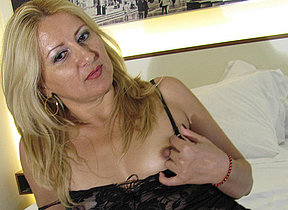 Horny blonde mam carryingon almost in the flesh