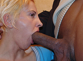Irregular mature slut trample nuisance and piss on a rest room
