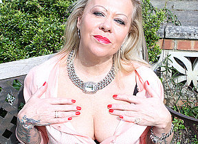 British inked housewife getting naughty on every side her gardenvariety