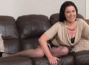 Hairy British housewife carryingon about personally
