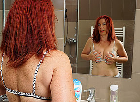 Lickerish redhead housewife getting mortal physically absent