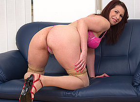 Roasting grownup slut playing aloft the couch