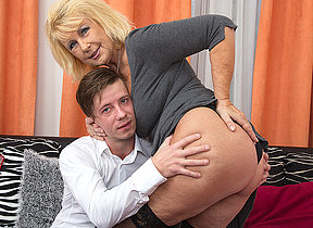 Horny grownup slut sucking and fucking will not hear of bauble crony