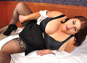 Latin mature BBW effectuation with their way heavy confidential