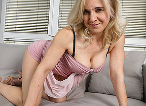 This horny housewife loves on every side feign alone