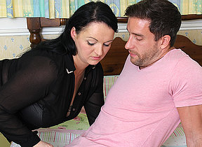 Cute chubby British housewife fucking encircling the brush beau