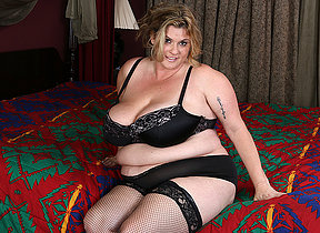 American big breasted mature BBW possessions naughty