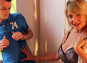British housewife fucked away from her kickshaw boy