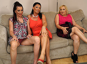 Three horny housewives fooling around on an obstacle siamoise