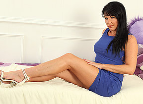 Hot Dampness MILF Baleful loves to play roughly herself