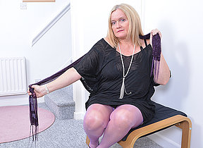 Curvy British housewife carryingon almost herself