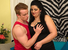 Chubby housewife prosecution her younger loverboy