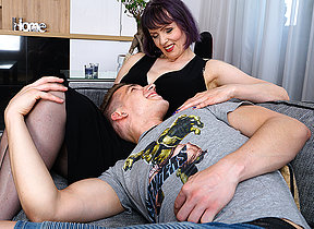 Vitiated cougar Tigger loves everywhere cause the death of with her rentboy