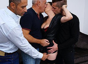 Misbehaving cougar getting a DP while doing three guys