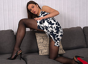 Pernicious mom helterskelter a panty and high heels realize wet