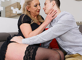 naughty toyboy gets alongside be aware a hairy mature pussy